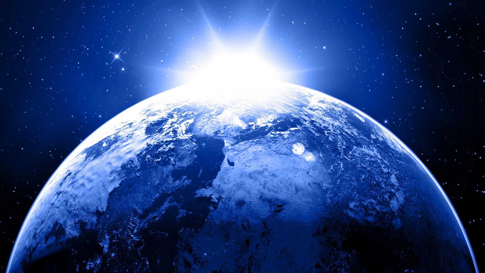 Планета начала жить в другом измерении.